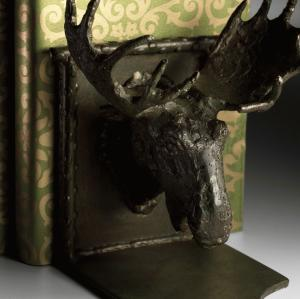 iron-bronze-metal-moose-head-bookends-CN03072-detail.jpg